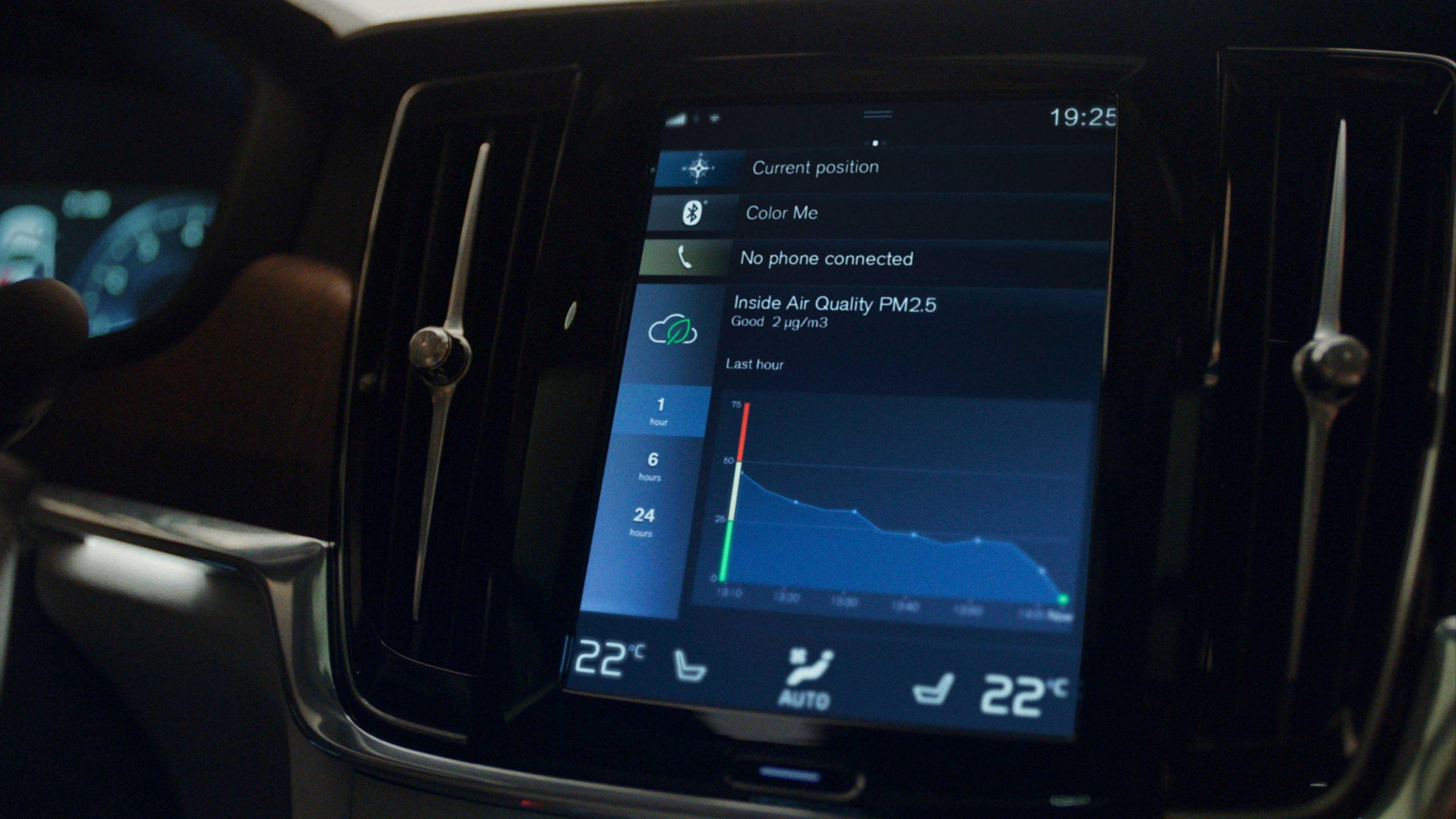 Hít thở không khí trong lành bên trong xe Volvo với công nghệ xử lý chất lượng không khí bằng công nghệ hàng đầu thế giới.